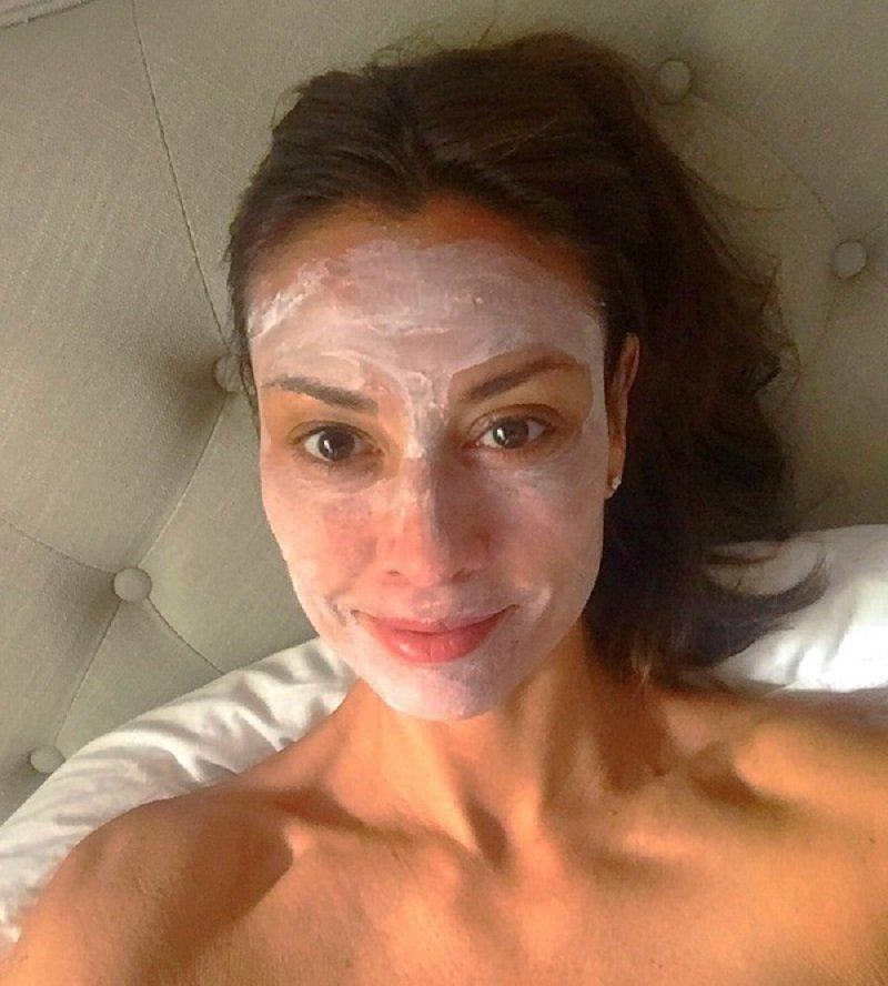 маски з крохмалю для в'янучої шкіри