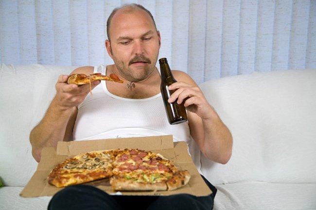 Употребление алкоголя повышает риск ожирения